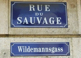 Plaques bilingues de la rue du Sauvage à Mulhouse