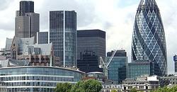 Il y a à peine 8000 habitants à Londres!