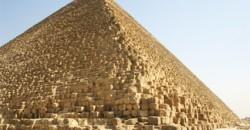 Il ne reste qu'une seule des 7 merveilles du monde : la Pyramide de Kheops